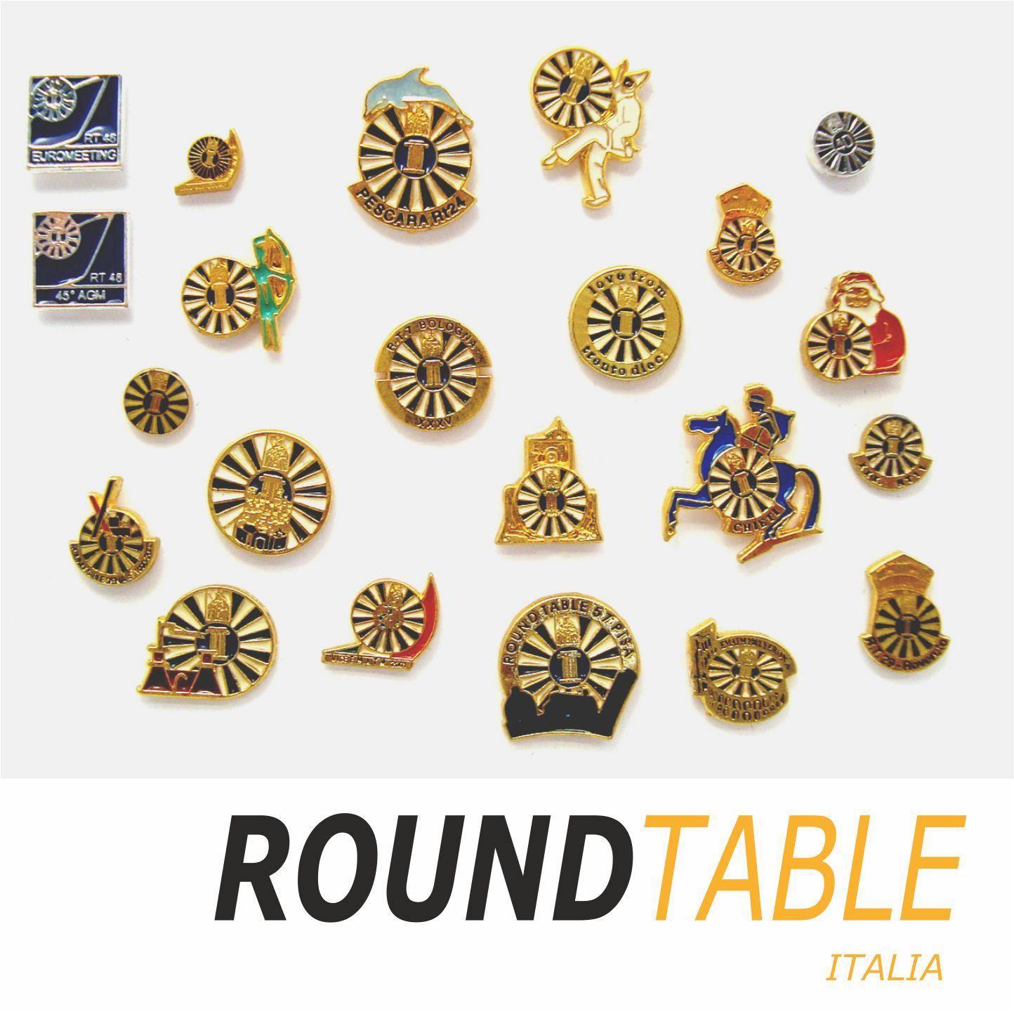 Esempi di distintivi  personalizzati eseguiti in esclusiva per Tavole Round Table
