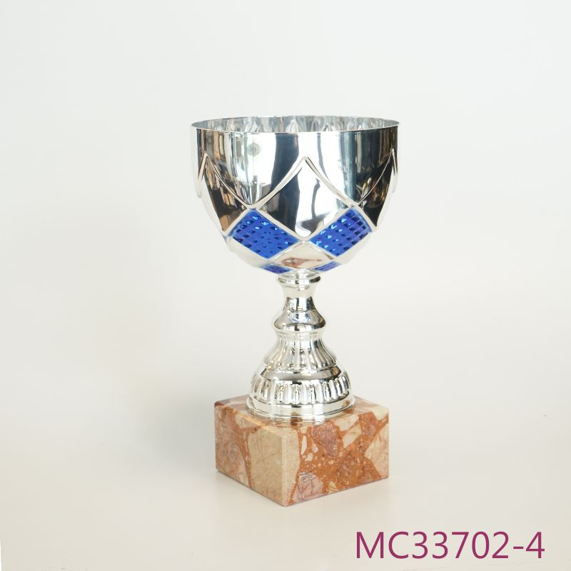 MC33702-4.jpg