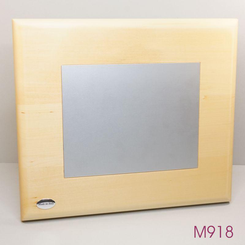 M918.jpg
