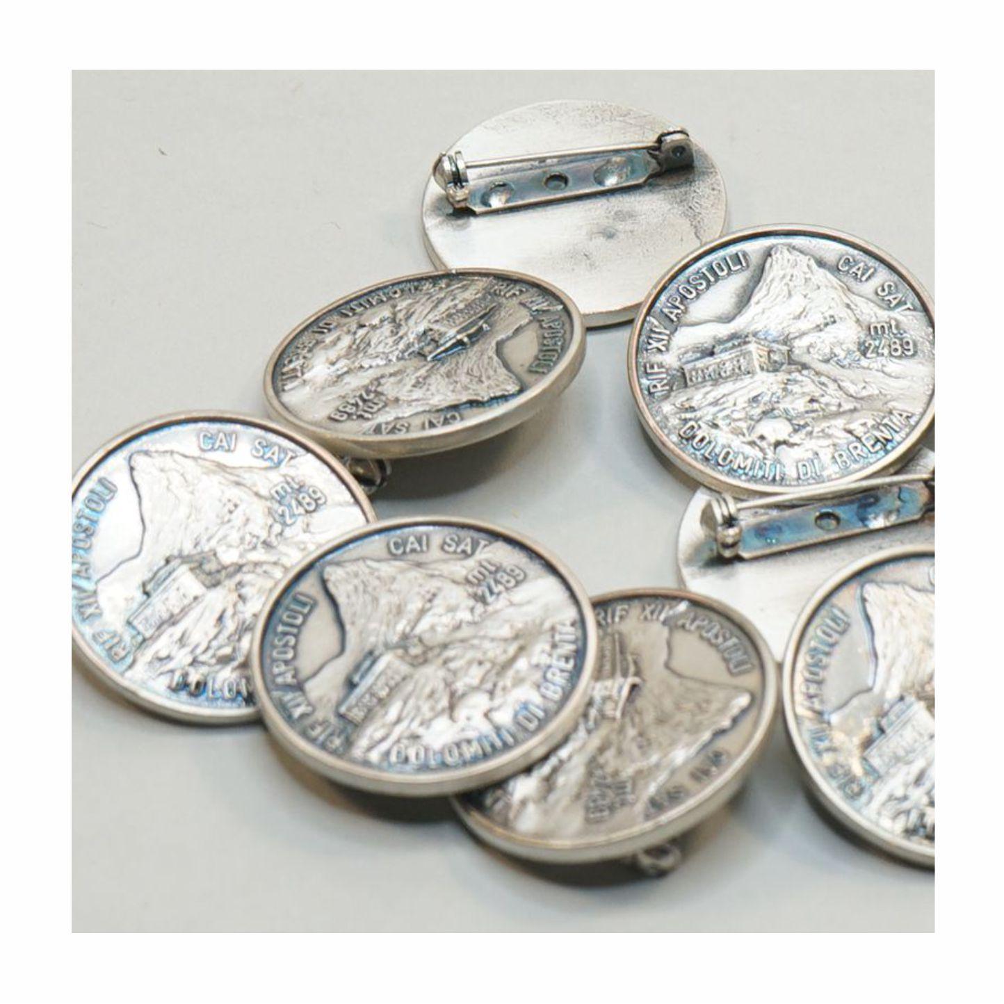 Distintivo argentato Rifugio 12 Apostoli